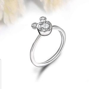 😍2/25.Mickey shaped ring silver plated size 8